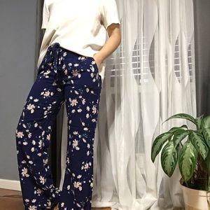 Guess Pants - GUESS • Floral Wide Leg Pants